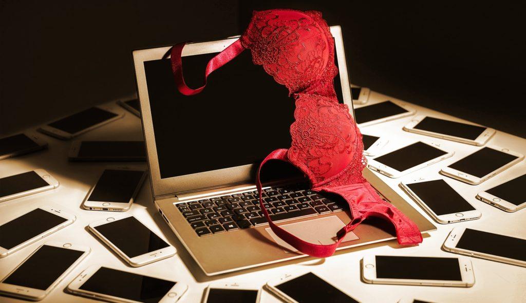 How to set up your webcam home studio